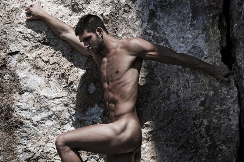 daniel-rocha-nude-photos-hands